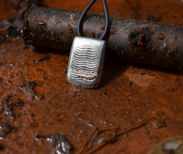Zilver gegoten in sepia