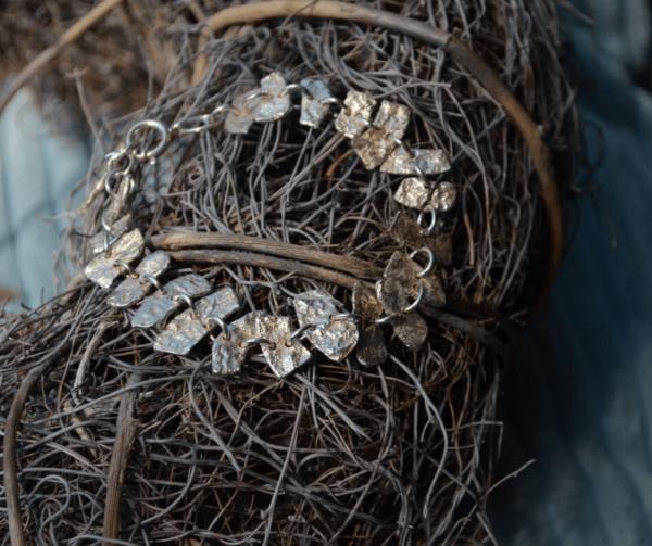 Armbandje van gereticuleerd zilver