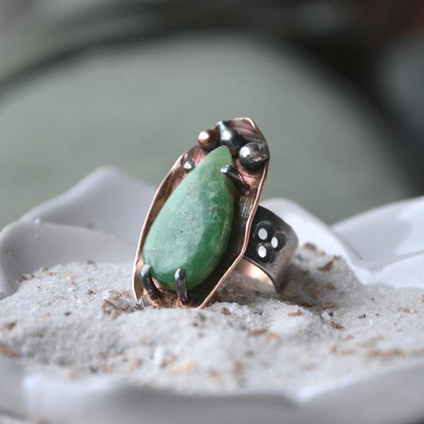 Handgemaakte ring met Chrysopraas