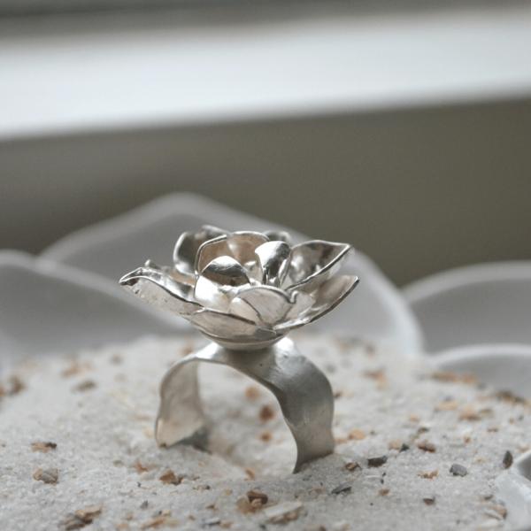 Bloemering zilver handgemaakt