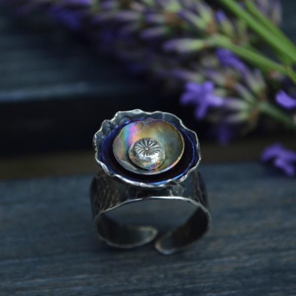Kleurrijke bloemering van zilver met titanium handgemaakt