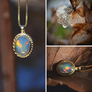 Hanger van goud met opaal